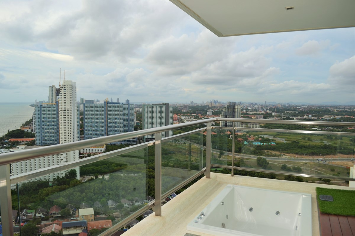 2 BR Ocean View for rent  - Condominium - Ban Amphur -